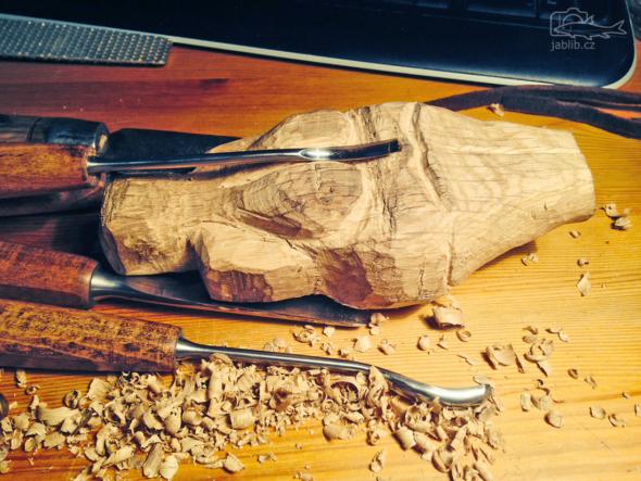 Věstonická venuše z dubu.