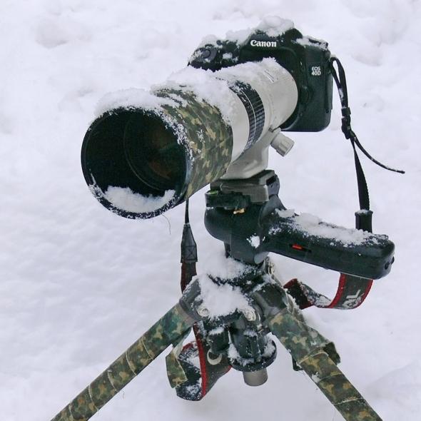 Sestava při focení ve sněhu odolává bez problémů.